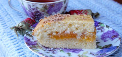 Пирог на сгущенке