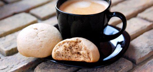 Кофейные печенья с трещинками